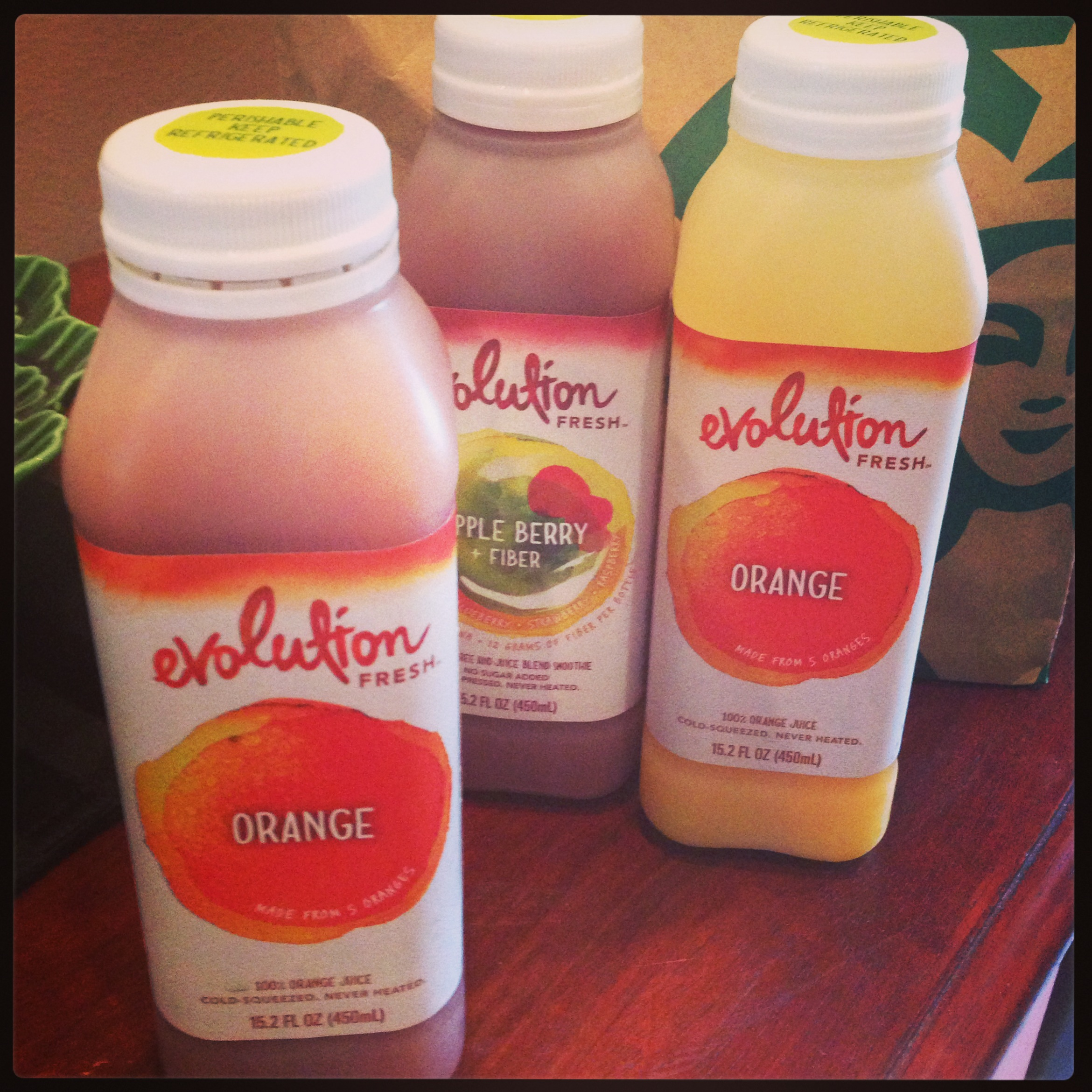 Apple Berry Fiber and Orange Evolution Fresh juice